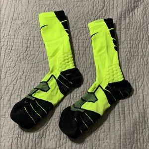 Men's Nike Basketball Socks 2/$10